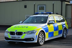 BX66 LSY (S11 AUN) Tags: staffordshire staffs police cmpg centralmotorwaypolicegroup bmw 330d 3series touring anpr traffic car rpu roads policing unit 999 emergency vehicle bx66lsy