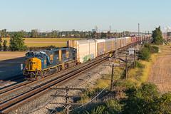 CSX Q231 Walbridge, OH (Nolan Majcher) Tags: csx q231 walbridge ohio oh co pemberville sub chesapeake emd sd70mac turnpike signals