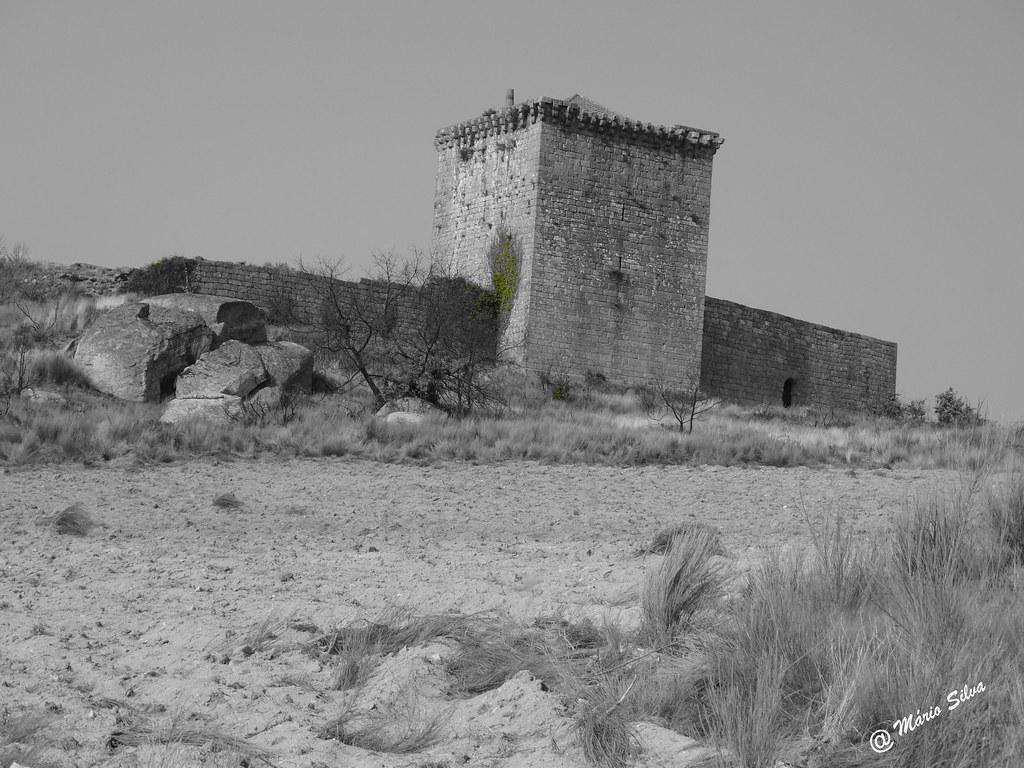 Águas Frias (Chaves) - ... castelo de Monforte de Rio Livre ...