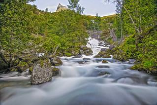 Fossevandring Waterfall