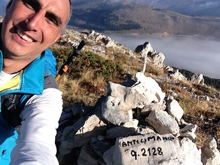 30/09/2017 - Anticima Nord Puzzillo, apparteneva prima al Club, ora sostituita da Monte Cornacchia, no 2014 m MA considerato 2128 m