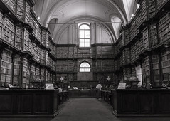 Pianissimo! (jceewald) Tags: bibliotecaangelica bibliothek library rom urlaub silence concentration learn read books architecture italy