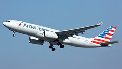 N283AY (AnDyMHoLdEn) Tags: americanairlines a330 egcc airport manchester manchesterairport 23r