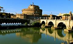 Castillo de Sant'Angelo (portalealba) Tags: roma italia castillo puente portalealba canon eos1300d reflejo