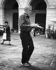 """Lunch Time"" (giannipaoloziliani) Tags: streetlife urban urbanstreet italianstreet liguria piazza face balance place life street streetphotography capture capturestreets monochrome monocromatico biancoenero blackandwhite italy italia genova genoa iphone iphonephotography"