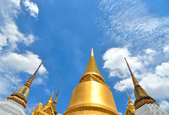Bangkok sky (poludziber1) Tags: street streetphotography skyline summer sky city colorful cityscape color colorfull capital clouds gold up building bangkok travel tower thailand urban tample