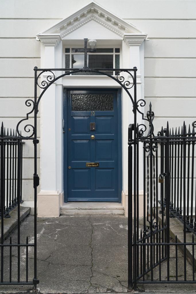 BLESSINGTON HOUSE [10 HENRIETTA STREET DUBLIN]-133290
