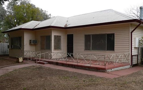 11 Church St, Bourke NSW 2840