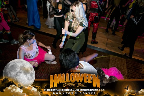 "Halloween Costume Ball 2017 • <a style=""font-size:0.8em;"" href=""http://www.flickr.com/photos/95348018@N07/38077689711/"" target=""_blank"">View on Flickr</a>"