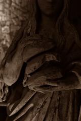 14 - Reims - Musée Saint-Remi - Saint Marie l'Egyptienne, Troyes, 1er quart du 16ème siècle - Calcaire, polychromie - Détail (melina1965) Tags: reims marne grandest octobre october 2017 nikon d80 sculpture sculptures statue statues sépia sepia