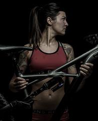 Bikeportrait (Airflash Photo) Tags: specialized enduro mtb mountainbike lowkey portrait studio girl inked tattoo