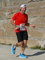 0D2D5720 (Graham Ó Síodhacháin) Tags: folkestonecoastalhalfmarathon folkestone race run runners athletics nicework 2017 halfmarathon creativecommons