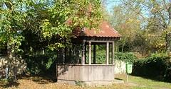"""Die Laube. Die Lauben. Die Gartenlaube. Die Gartenlauben. Eine Gartenlaube ist ein kleines, meist offenes Häuschen in einem Garten. • <a style=""""font-size:0.8em;"""" href=""""http://www.flickr.com/photos/42554185@N00/36856522834/"""" target=""""_blank"""">View on Flickr</a>"""