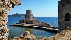 Castillo de Methoni (Iñigo Escalante) Tags: grecia greece europe europa world summer holidays verano 2017 august castillo castle methoni medieval fortification messenia coast bourtzi messinia pylos fortaleza