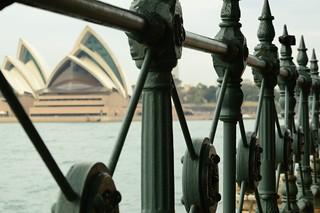 Sydney_opera house from milson point
