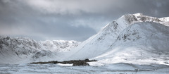 Blackmount (Scott Robertson (Roksoff)) Tags: lochanachlaise lochanstainge blackmount lochba rannochmoor glencoe scottishhighlands scotland meallabhuiridh criese buachailleetivemor winter snow ice frozen water mountains outdoors landscape nikond810 1635mmf4 leefilters