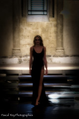 """Femme Fatale""    The velvet Underground     DSC_4191_v1 (Pascal Rey Photographies) Tags: femmefatale thevelvetunderground dark obscur sombre ombrayluz ombrelumière shadowlight music musica musiques musique lady femme nikon d700 luminar lumières photographiecontemporaine photos photographie photography photograffik photographierurale pascalreyphotographies popart hommages"