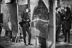Atelier (Roberto Spagnoli) Tags: art artist laboratory painting painter biancoenero blackandwhite monocromo people girl couple 50mmcanon 50mm beauty