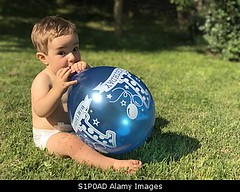 Photo accepted by Stockimo (vanya.bovajo) Tags: stockimo iphonegraphy iphone 1 year old one birthday first balloon cute beautiful baby toddler man male children happy georgeous caucasian alone portrait sitting grass nature childhood