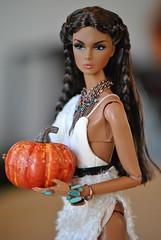 Pocahontas (bellasdolls) Tags: fashionroyalty integritytoys fairytale convention 2017 bellasdolls edenblair