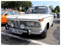 BMW 2000 (v8dub) Tags: bmw 2000 allemagne deutschland germany german niedersachsen cloppenburg pkw voiture car wagen worldcars auto automobile automotive old oldtimer oldcar klassik classic collector