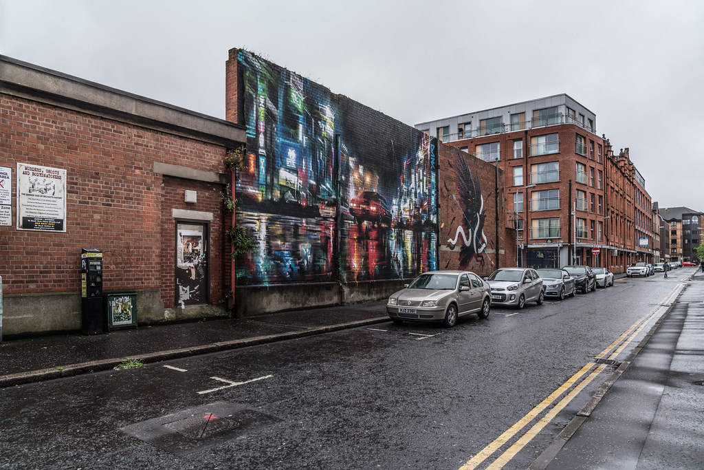 EXAMPLES OF URBAN CULTURE IN BELFAST [STREET ART AND GRAFFITI]-132894