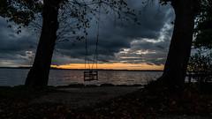 au revoir (Alta Alteo) Tags: chiemsee übersee chiemgau schaukel einsam abend bayrischesmeer awaiting xavier storm