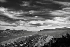 Blue Skies with Wisps of Clouds Above the Columbia River Gorge (Black & White) (thor_mark ) Tags: nikond800e day8 capturenx2edited colorefexpro triptomountrainierandcolumbiarivergorge columbiarivergorge columbiarivergorgenationalscenicarea columbiariverhwy usroute30 historiccolumbiariverhighway historiccolumbiariverhighwayscenicbyway crownpointvistahouse vistahouse pixelmator blackwhite silverefexpro2 project365 nature nationalscenicarea hillside hillsideoftrees trees colors multiplecolors multitudeofplantleafcolors autumn blueskieswithclouds aroundvistahouse onbalconydeckatvistahouse columbiariver river youngcreek creek meadow angelsrest mounthoodarea oregoncascades cascaderange pacificranges interstate84 highway carsdriving sandisland aroundcrownpoint lookingeast or unitedstates