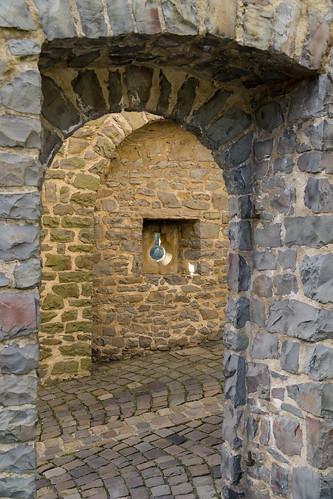 Burgaufgang 1