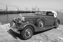1934 Hispano-Suiza J12 diecast 1:24 made by Danbury Mint (rigavimon) Tags: diecast miniaturas 124 hispanosuiza 1934 blancoynegro blackwhite antofagasta danburymint