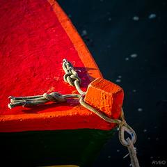 Le canot rouge
