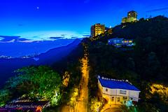 Hong Kong - The Peak (BilderMaennchen) Tags: hkg hongkong the peak night nightshot citynight bildermaennchen bildermaennchencv nikon d4 d4s