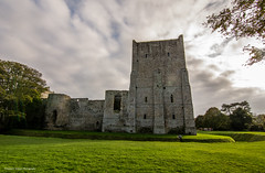 Portchester Castle (andyp178) Tags: castle roman ruin building architecture cloud portsolent portsmouth stone brick nikon tokina medieval
