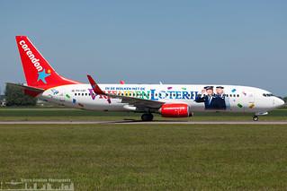 PH-CDF Corendon Dutch Airlines Boeing 737-804(WL) painted in Vrienden Loterij special colours (AMS - EHAM)_
