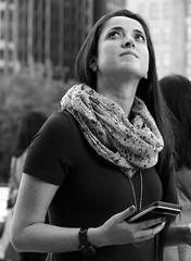 Chicago - 08 Oct 2017 - 7D II - 001-FLKR333 (Andre's Street Photography) Tags: chicago08oct20177dii chicago downtown millenniumpark loop lakefront chicagoil secondcity windycity people city candid monochrome bw bwphotography digital blackandwhite noiretblanc blancoynegro blancoenero zwartwit schwarzweiss street straat straatfotografie straatportret streetphotography streetportrait stasse strada larue lacalle urban urbanphotography streetlife urbanlife tourists travel photobyandrevanvegten chicagoist chicagomagazine chicagostreets chicagocapture tributetoedvanderelsken dedeka dedicatedtodianearbus robertfranksworld vivianmaiersstyle canon eos