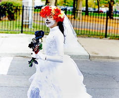 The Day of the Dead is Coming! (kirstiecat) Tags: dayofthedead carreramuertosrace pilsenchicagopeoplerunnerszombiescostumeshalloween zombies costumes bride pilsen chicago strangers woman female halloween