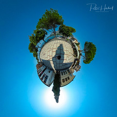 "Garda - Little Planet • <a style=""font-size:0.8em;"" href=""http://www.flickr.com/photos/58574596@N06/38065597301/"" target=""_blank"">View on Flickr</a>"