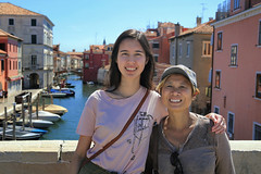Happy smiles in Chioggia (B℮n) Tags: chioggia veneto lagoon island cathedrale fishmarket harbor fishing port pace life italië italia italy ronams clodia seafood panorama panoramico boat ships tour locals canals boats unspoiled bridgde town colors tourism vacation holiday summer architecture historic authentic canal vena portrait family girl woman smile