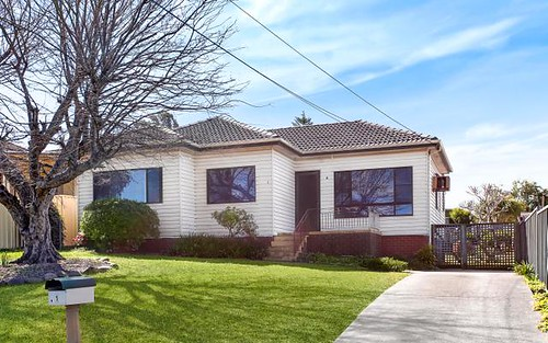 1 Canobolas St, Fairfield West NSW 2165