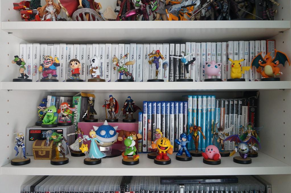 Perfekt DSC05712 (Kirayuzu) Tags: Wohnzimmer Sammlung Regal Shelf Videospiele  Videogames Games Amiibo Figuren Figures