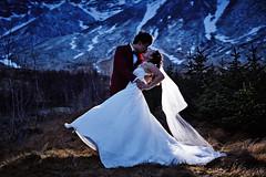 Grace & Chun (LalliSig) Tags: wedding photographer iceland people portrait portraiture southwest winter bad weather storm jökulsárlón fjallsárlón