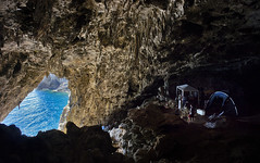 GROTTA DEI SANTI THE BLUE DOOR (opaxir) Tags: argentario grotta grottadeisanti preistoria archeologia toscana tuscany cave paleolitico musteriano paleolithic prehistory flickrtravelaward