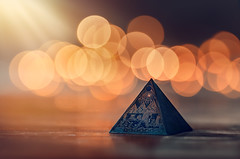 Pyramid (Pásztor András) Tags: bokeh bubble dof wood table inddor light ray sun nature sigma 105mm f28 orange colorful dslr nikon d5100 hungary andras pasztor photography 2017 pyramid