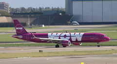 TF-JOY Airbus A321-211SL WOW Air (lee_klass) Tags: tfjoy airbus airbusa321 airbusa321211sl a321 wowair wow ww sharklet aeroplane aircraft aircraftphotography aircraftspotting airliner airplane jetairliner jetliner jetairplane jetaircraft jet canon canonaviation canoneos750d canonef75300mmf456 planespotting plane twinenginedjet aviation aviationphotography aviationspotter aviationenthusiast aviationawards transport travel airtransport airtravel vehicle