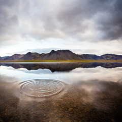 Iceland shudder (Zeeyolq Photography) Tags: water iceland islande mountains lake landscape mirror nature vesturland is