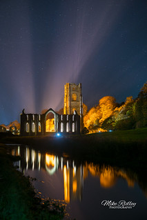 Fountains abbey by floodlight ..