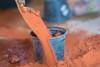 Trabajo Manual (ruimc77) Tags: nikon d810 tamron sp 70200mm f28 di vc usd hand work handwork trabalho manual trabajo art planta plantando plantar seed seeding terra tiera earth sand rural arte barbalha cariri ceara ceará ce brasil brazil tamronsp70200mmf28divcusd nikond810 bresil brèsil 巴西 ブラジル البرازيل ברזיל brazilië brasilien бразилия brasile 브라질