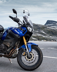Mighty bike... (stefanh.varberg) Tags: dalsnibba geiranger norge touring augusti2017 fjäll grustouring mc mctouringse motorcyklar nationalparker norskapärlor utsikt norway motorcycle parking supertenere xt1200ze yamaha mountain view high blue