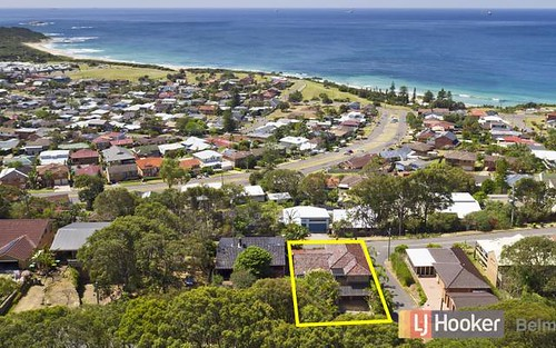 33 Scenic Dr, Caves Beach NSW 2281