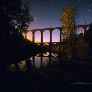Viaduc sous les étoiles